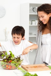 mom+with+tween+son+making+salad